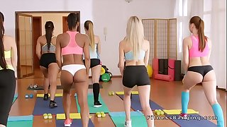 Fitness coach bangs youthful beautiful babes