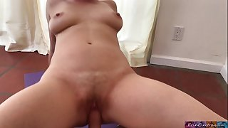 Dirty personal trainer puts dick in while blonde works out - Erin Electra