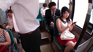 (JAV)pretty girl on the bus